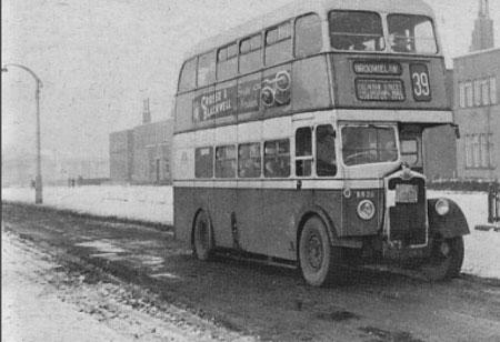 pollok bus