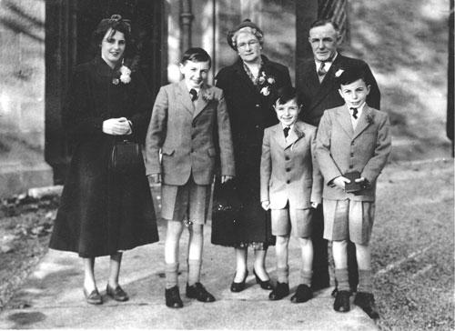 family 1952